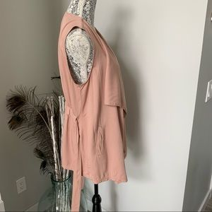 STOOSH Open Front Vest with Ties Blush Size Med